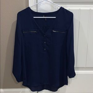 Worn once! Gorgeous maurices blouse!